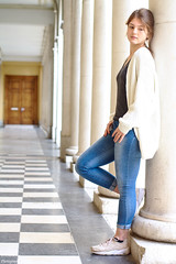 The perspective portrait (darvoiteau) Tags: girl fille française frenchgirl style frenchstyle french france europa europe wooman femme model modèle teen teenager human humain adolescent person people personne canon eos 350d digital d 2018 photo picture urban urbain city cityscapes pillier colonne cute amazing beautiful explore explorer darvoiteau instagram hair ville pillar shot shooting shoot regard composition portrait face pose position light perspective