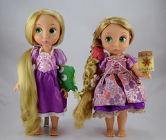 2011 vs 2018 Special Edition Rapunzel Animator Doll - Full Front View (drj1828) Tags: disneyanimatorscollection doll 16inch specialedition 2018 disneystore productinformation rapunzel tangled us purchase deboxed freestanding 2011 sidebyside comparison