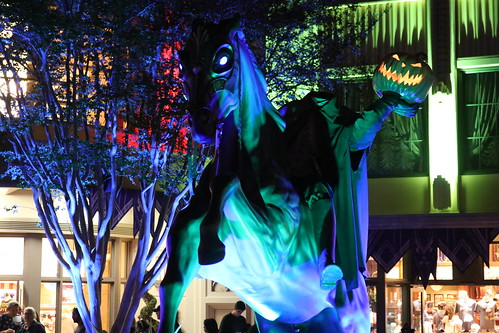 "Halloween time at Disney California Adventure. • <a style=""font-size:0.8em;"" href=""http://www.flickr.com/photos/28558260@N04/45136525265/"" target=""_blank"">View on Flickr</a>"