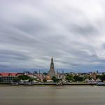 Temple of Dawn Long Exposure in Bangkok, Thailand thumbnail