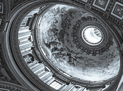 Dome Interior - St. Peter's Basilica - Vatican City - Rome (wooiwoo) Tags: basilicapapaledisanpietroinvaticano dome rome stpetersbasilica thepapalbasilicaofstpeterinthevatican interior italy