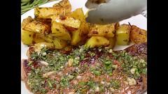 SKILLET GARLIC BUTTER HERB STEAK AND POTATOES (masinud) Tags: skillet garlic butter herb steak and potatoes