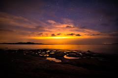 Kopparnäs (Edgar Myller) Tags: finland suomi kopparnäs landscape water long exposure night pollution light yö valosaaste star stars tähdet clouds dark deep siluet siluetti coast