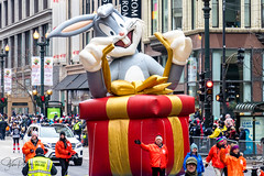Uncle Dan's Thanksgiving Day Parade 2018 (spierson82) Tags: chicago bugsbunny thanksgiving looneytunes parade statestreet uncledansthanksgivingdayparade thanksgivingparade illinois unitedstates us