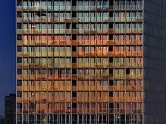 Sunset Reflection (louise peters) Tags: sunset sundown zonsondergang reflect reflection weerspiegeling balconies balkons flat skyscraoer wolkenkrabber 44floors derotterdam remkoolhaas apartments appartementen colourful kleurrijk urban rotterdam