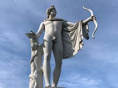 Apollon au Chateau de Champs-Sur-Marne (Dominique BONNIN) Tags: apollon champssurmarne