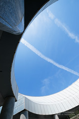 Upward view of Hiroshima City Museum of Contemporary Art (広島市現代美術館) (christinayan01 (busy)) Tags: hiroshima japan architecture building museum perspective kurokawa kisho