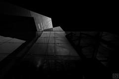glas in front (MAICN) Tags: 2018 lines architektur building leeuwarden himmel mono windows sw sky turm fassade hochhaus bw skyscraper blackwhite monochrome geometrisch tower schwarzweis fenster architecture front einfarbig linien geometry gebäude
