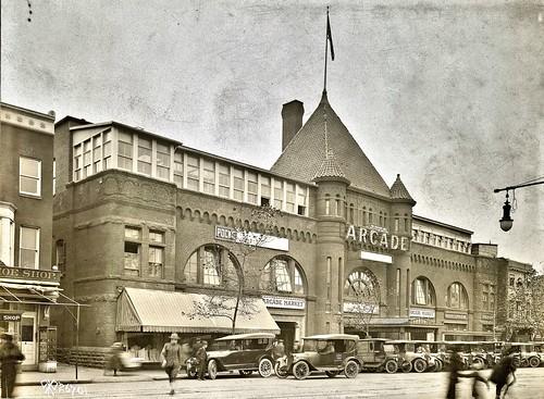 Offices of the Signal Corps, Arcade Building, Washington DC 11-16-1918 NARA111-SC-26701-ac