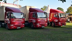 Twickenham Green 19-9-2017. (DepotCat03) Tags: twickenham twickenhamgreen zipposcircus zippos circus dafft75cf3604x2tu daf lorry truck tractorunit hx53nwz hx53nwv hx53nyb