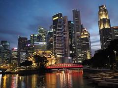 Singapore CBD in Blue Hour (Thanathip Moolvong) Tags: em5markii sg singapore cbd hd hides olympus