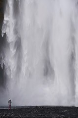 in amazement (ericstadler83) Tags: ultrawide ultra wide g gmaster sony gm staring stare glare favorite fave wonderful amazing amaze beautiful curious woman girl landscape iceland water waterfall
