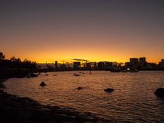 夕暮れのお台場海浜公園 E-M10 Mark II + Panasonic LEICA DG SUMMILUX 15/F1.7 (ishizima) Tags: olympus em10markii em10 omdem10markii omdem10 omd 東京都 日本 jp sunset dusk sky seaside sea tokyo japan