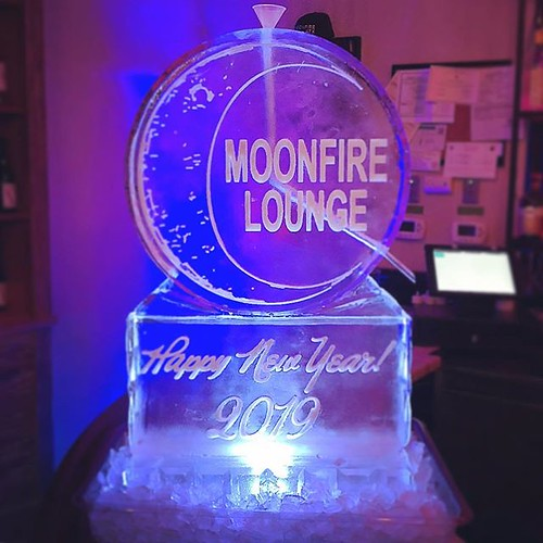@moonfirelounge will be serving up some cold drinks to celebrate #newyears2019 tonight! #iceluge #fullspectrumice #thinkoutsidetheblocks #brrriliant - Full Spectrum Ice Sculpture