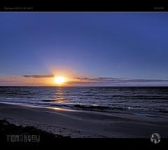 Out of Phase (tomraven) Tags: sunset sky clouds sun water sea ocean waves beach coast coastal tomraven aravenimage q42018 olympus em1mk2