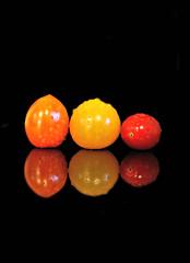 2018 Sydney: Colourful Mini Tomatoes (dominotic) Tags: 2017 food tomato fruit reflection blackbackground waterdrops colourfultomatomedley red yellow orange yᑌᗰᗰy foodphotography sydney australia