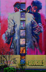 Etreinte et lutte (Edgard.V) Tags: paris streetart urban art arte urbano callejero mural conor harrington parigi