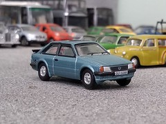 XR3i (quicksilver coaches) Tags: ford escort xr3i oxforddiecast 176 oo diecast model