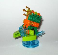 lego 71237 lego dimensions fun pack dc comics aquaman minifigure and aqua watercraft i (tjparkside) Tags: 71237 aquaman watercraft trident aqua seven seas speeder fire lego dimensions fun pack 3 1 minifigure minifigures misb 2016 videogame software dc comics