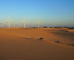 Icarai Dunes (peter_a_hopwood) Tags: dunes sony brazil 2018 october wind turbines sunset
