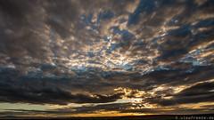Harzvorland bis Salzgitter (Viewfreeze) Tags: sonnenuntergang grosdenkte wolken himmel harz broken berg sky harzvorland viewfreeze
