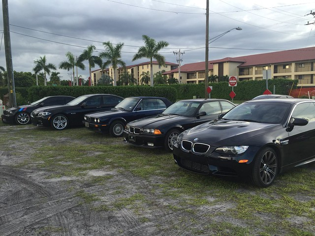 2015 Bimmers & Burgers @ Fords