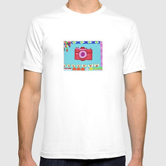 T-shirt  colorful camera (Tati Galiano-Papercut Art-Ilustración) Tags: tshirt colorful camera camiseta camara color moroccan vase wall hanging adornos de pared jarron marruecos bolso mano tote bag stationaty card tarjetas regalo coffee mug cup vaso cafe backpack mochila leggings duvet cover grapes bubbles edredon burbujas uvas autumn forest otoño bosque iphone skin cubierta