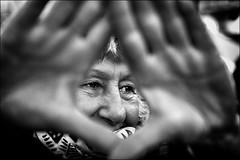 Stop! regardez la Terre! / stop! look at  Earth! (vedebe) Tags: mains ville street rue city urbain urban manifestation yeux visage ecologie pollution noiretblanc netb nb bw monochrome femme humain human portraits portrait