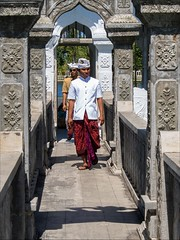 OM170856 Bali Water Palace (Dave Curtis) Tags: bali people 2014 em5 may omd olympus