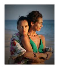 Maria and Sandra (bafdias) Tags: sonya850 minolta100mmf25 people portrait