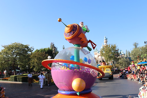 """Toy Story - Pixar Play Parade • <a style=""""font-size:0.8em;"""" href=""""http://www.flickr.com/photos/28558260@N04/46042203081/"""" target=""""_blank"""">View on Flickr</a>"""