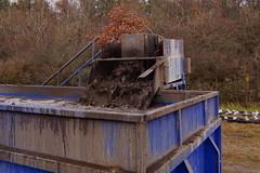 Boreslam (Steenjep) Tags: herning jylland jutland danmark denmark vand vandboring water waterdrilling drilling drill earth samples jord jordprøver ahøjfeldt