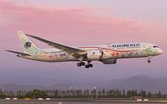 XA-ADL | AeroMéxico (MartinezRoe7) Tags: boeing quetzalcoatl 787 7879 xaadl aeromexico méxico sunset scl airport runway avgeek spotter dreamliner genx airplane plane avión