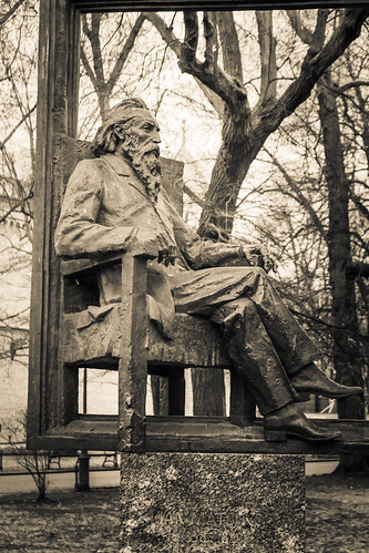 The statue of Jan Matejko