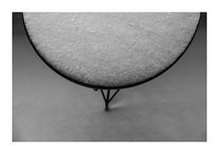 (giovdim) Tags: snow circle geometry silence table circleofserenity calm monochrome winter coldgeometry simplicity simple minimal snowy