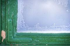 detalle invernal (Milagros Sahlén) Tags: texturas texture seasonsdiary winter seasons2019mydiary detalle ventana window