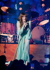 Florence and the Machine 12/09/2018 #13 (jus10h) Tags: florence welch themachine florenceandthemachine theforum forum inglewood losangeles california live music concert festival fest kroq almost acoustic christmas sunday december 9 2018 justinhiguchi sony dscrx10 dscrx10m3
