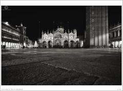 2016 Venezia, Piazza San Marco, Good Night Venice n. 88 (Angelo A.Filippin) Tags: venice veneto angeloaldofilippinphoto photo cool fineart blackwhite monotone monochrome light people italianphotographers popular bw 2016
