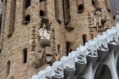 Sagrada Família (erdii123) Tags: canoneos600d canon teamcanon photo exposure pics barcelona spain sagradafamilia hermitage basilica church history details architecture