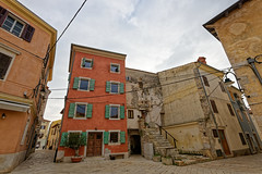 Piazza Grande, Fazana, Istria, Croatia (Eadbhaird) Tags: square hrv croatia istria fazana piazzagrande architecture cloud