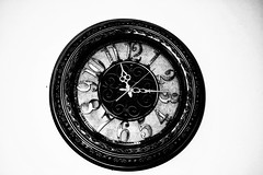 Vantage Clock (Praveen Banneka) Tags: vantage clock art black time white design 1 2 3 4 5 6 7 8 9 10 11 12 15 bw