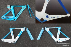 Konstructive.de-Bike-Painter-Berlin-Blue-Pure-White-Carbon-Triathlon-Bike-Lackierung