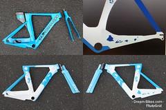 Konstructive.de-Bike-Painter-Berlin-Blue-Pure-White-Carbon-Triathlon-Bike-Lackierung