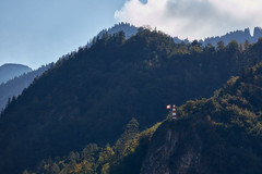 Bad Ragaz – Sculpture on the mountain (Thomas Mülchi) Tags: badragaz cantonofstgallen switzerland badragartztriennalfestival 2018 badragartz sculpture art outdoorart forest backlight lighthouse mountain ch