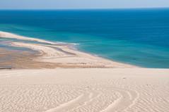 Khor Al Adaid, Qatar (fisherbray) Tags: fisherbray qatar stateofqatar دولةقطر dawlatqatar alwakrah بلديةالوكرة baladīyatalwakrah khoraladaid khoraludeid khawraludayd خورالعديد inlandsea naturereserve unesco nikon d5000 qatarinternationaladventures qia desert sanddunes singingdunes persiangulf arabiangulf water wasser