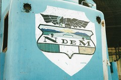 MEX31 NdeM U18B 9025 (stevenjeremy25) Tags: ferromex fxe fnm mexico train railway railroad fcp pacifico empalme u18b 9025 badge art eagle