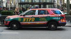 New York Police Department (Emergency_Spotter) Tags: new york police department nypd nyc nys ford interceptor utility steelies federal signal christmas years rockefeller center profile fpiu