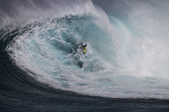 BillyKempersecondbarrel3JawsChallenge2018Lynton (Aaron Lynton) Tags: jaws peahi xxl wsl bigwave bigwaves bigwavesurfing surf surfing maui hawaii canon lyntonproductions lynton kailenny albeelayer shanedorian trevorcarlson trevorsvencarlson tylerlarronde challenge jawschallenge peahichallenge ocean