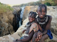 Himba girls (Jhaví) Tags: epupafalls namibia himba girls trip travel ethnic photo kunene waterfall portrait retrato lovely beautiful