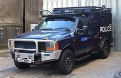 LX53 OYL (Ben - NorthEast Photographer) Tags: metropolitan met police london ford jankel pickup arv armed armoured response vehicle antiterror dvr 53plate lx53 oyl lx53oyl